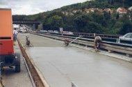 Niveauausgleich_Autobahnbruecke_1.JPG